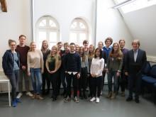 Die Teilnehmer und Organisatoren des Seminars; zu Gast: Rüdiger Schäfer